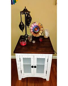 Rectangular End Table WYSTFIELD